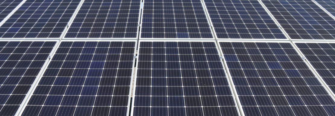 elektrownia słoneczna na dachu